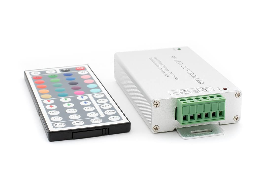 LED MIX RGB контроллер 18А 12-24 Вольт, РФ 44 кн