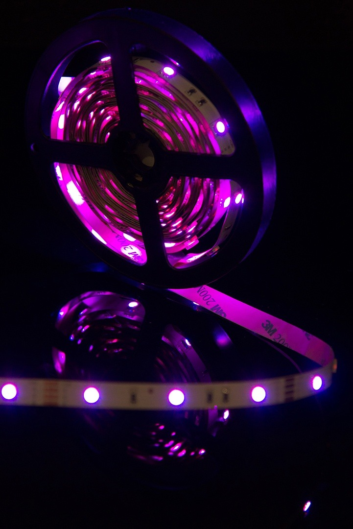 Лента светодиодная стандарт 5050, 30 LED/м, 7,2 Вт/м, 12В , IP20, Цвет: RGB
