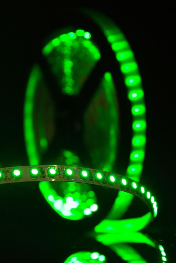 Лента светодиодная стандарт 3528, 120 LED/м, 9,6 Вт/м, 12В , IP20, Цвет: Зеленый
