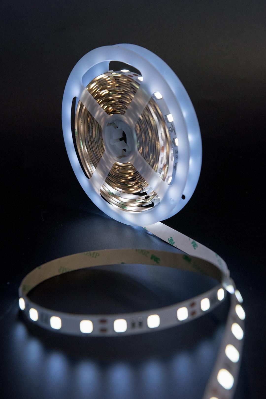 Лента светодиодная стандарт 5054, 60 LED/м, 14,4 Вт/м, 12В , IP20, Цвет: Холодный белый