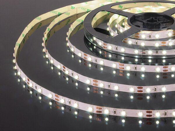 Лента светодиодная 60 LED/м., 4,8W IP20 6500K холодный белый (2835 12V 60 LED/м., 4,8W IP20)