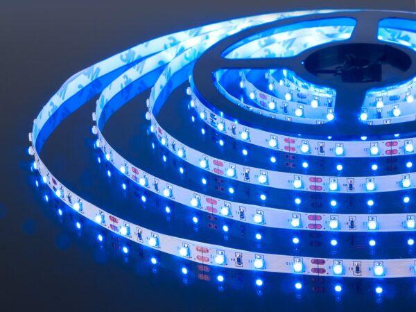 Лента светодиодная одноцветная 60 LED/м., 4,8W IP20 синий (2835 12V 60 LED/м., 4,8W IP20)