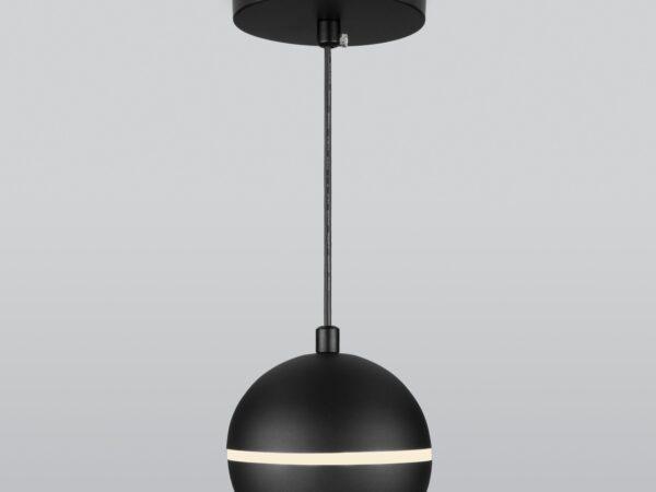 DLS023 / Светильник накладной черный