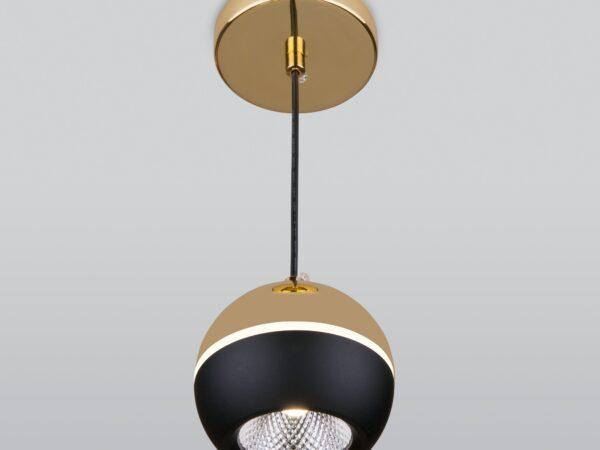 DLS023 / Светильник накладной черный/золото