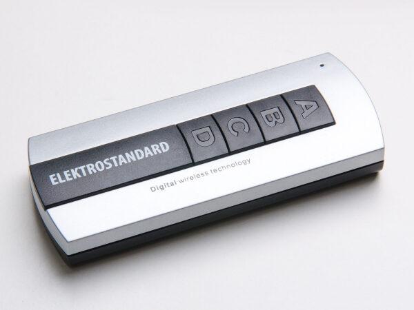 Y7 / Контроллер для осветительного оборудования Пульт управления