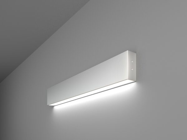 101-100-30-53 / Линейный светодиодный накладной односторонний светильник 53см 10W 6500K матовое серебро