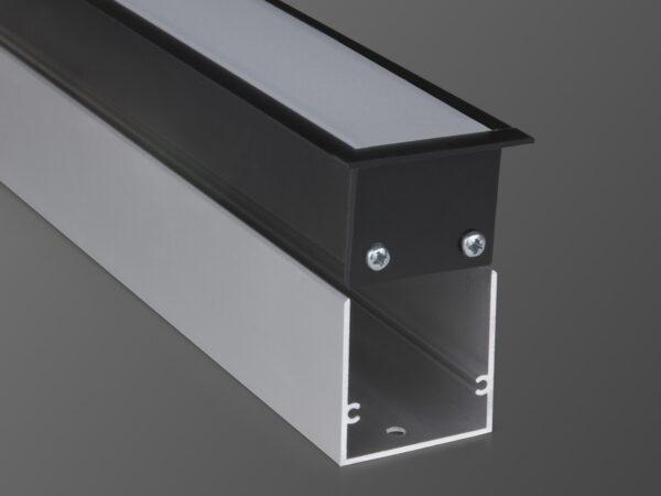100-300-128 / Линейный светодиодный встраиваемый светильник 128см 25W 3000К черный матовый