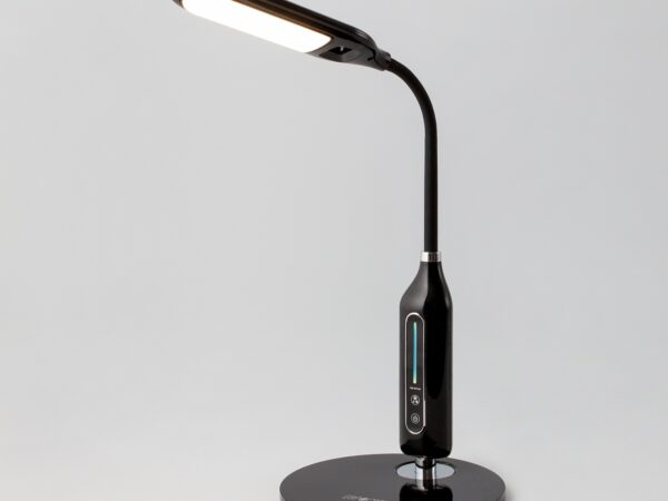 80503/1 / настольный светильник черный