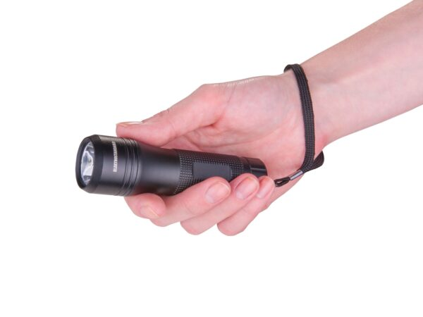 FLD01-3W / Ручной фонарь Gilmor