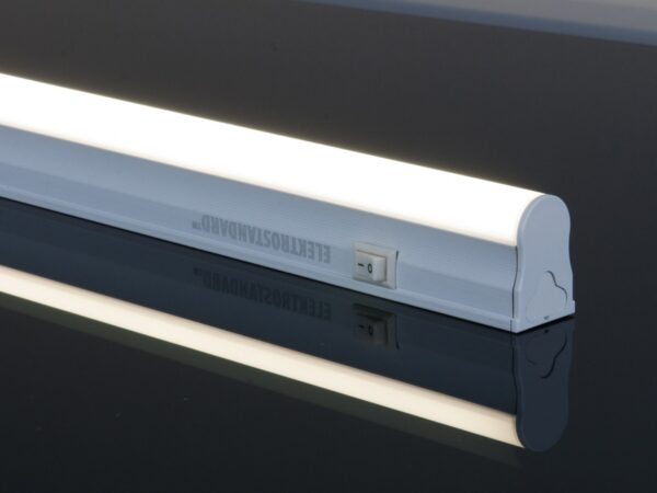 LST01 22W 50K / Светильник стационарный светодиодный Led Stick Т5 120см 104led 22W 4200K