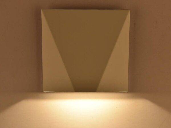 Светильник настенный GW