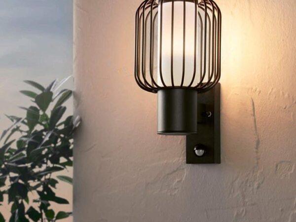 Уличный настенный светильник Eglo Ravello 98722