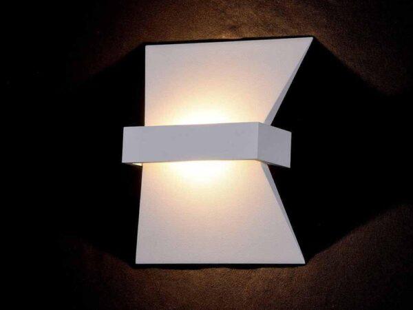 Настенный светодиодный светильник Maytoni Trame C805WL-L7W